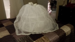 David's Bridal White Petticoat