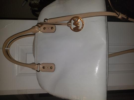 Michael Kors Satchel in Patent leather white Image 1