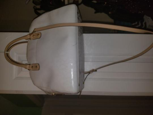 Michael Kors Satchel in Patent leather white Image 2