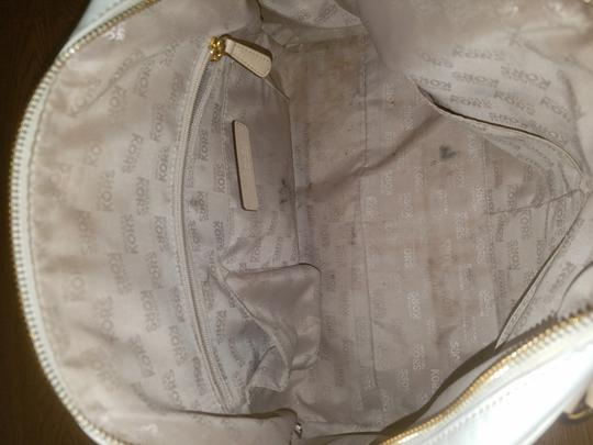 Michael Kors Satchel in Patent leather white Image 5
