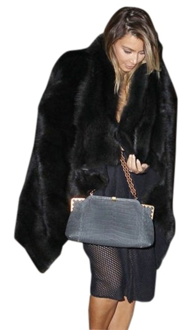 Preload https://img-static.tradesy.com/item/176578/women-black-sheared-beaver-fur-coat-size-10-m-0-1-650-650.jpg