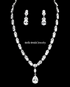 Bella Tiara Elegant Antique Silver Link Chain With Clear Cz Crystal Pendant Set