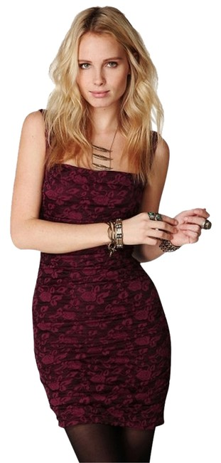 Preload https://item2.tradesy.com/images/free-people-dusty-rose-knit-raspberry-above-knee-cocktail-dress-size-8-m-1766256-0-4.jpg?width=400&height=650