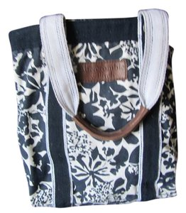Abercrombie & Fitch Tote in Navy and White