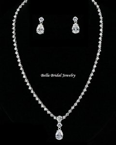 Bella Tiara Gorgeous Elegant Cz Necklace Set