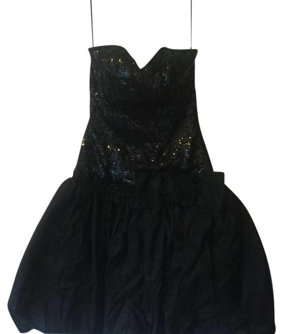 Preload https://img-static.tradesy.com/item/17666056/black-vintage-above-knee-formal-dress-size-6-s-0-1-650-650.jpg