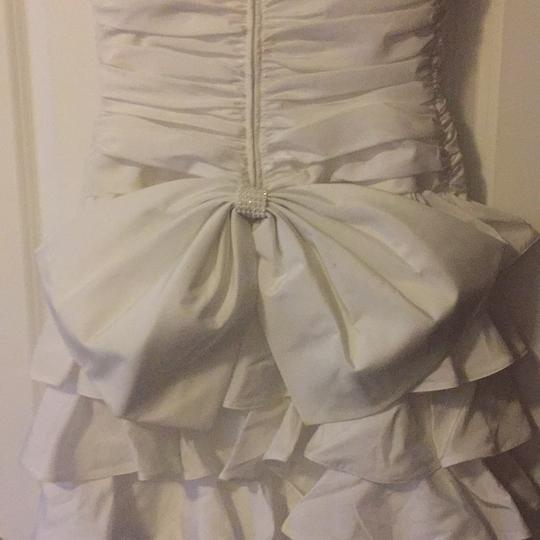 White Vintage Formal Wedding Dress Size 8 (M) Image 3