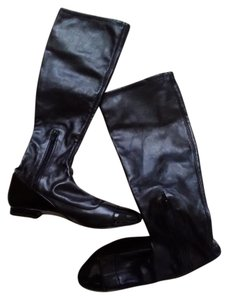 Paris Hilton Black leather/patent leather Boots