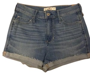 Hollister Cuffed Shorts Faded light blue