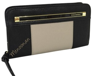 Steve Madden Zip Around Color Block Wallet