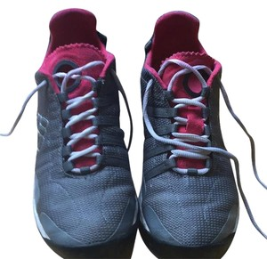 Columbia Sportswear Company grey and pink Athletic