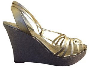 BCBGeneration Gold Platforms