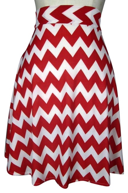 Lisa Nieves Lycra Casual Stretchy Short Mini Skirt Red and white chevron print