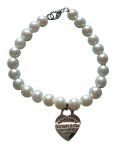 Tiffany & Co. RETURN TO TIFFANY(TM) Pearl Bracelet