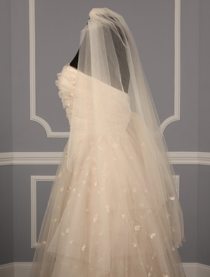Blush Medium S486 Bridal Veil Image 9