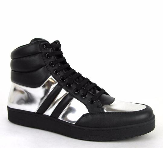 Preload https://img-static.tradesy.com/item/17678440/gucci-blacksilver-1086-men-s-contrast-padded-leather-high-top-sneaker-75gus-8-368494-shoes-0-0-540-540.jpg