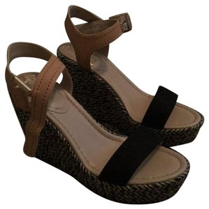 Vince Camuto Black and tan Wedges
