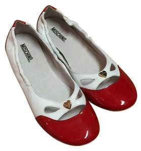 Moschino White and Red Flats
