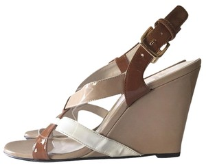 Stuart Weitzman Moonglow Aniline Brown White Sandals