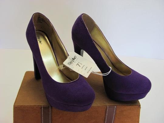 Mossimo Supply Co. New Size 7.50 M Excellent Condition Purple Platforms Image 1