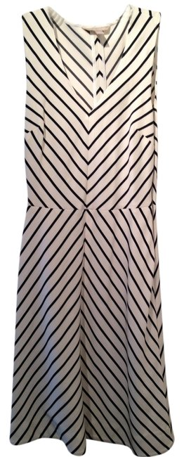 Preload https://item5.tradesy.com/images/banana-republic-white-with-black-strips-above-knee-night-out-dress-size-0-xs-1768379-0-0.jpg?width=400&height=650