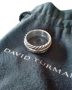 David Yurman David Yurman Classic Cable Unisex Band Ring. Size 5