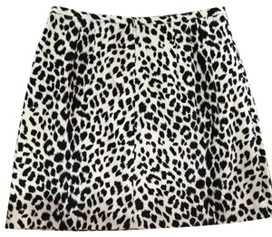 Ann Taylor LOFT Vintage Suede Mini Party Mini Skirt Black and Cream Animal Print