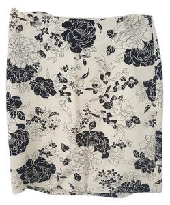 Ann Taylor LOFT Skirt Cream & Black