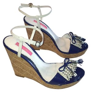 Betsey Johnson Cobalt blue and white Wedges