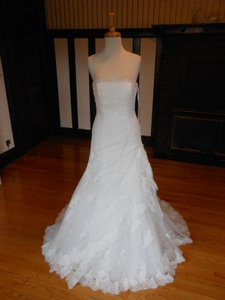 Pronovias Off White Lace Sardegna Destination Wedding Dress Size 12 (L)