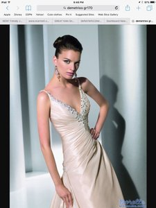 Demetrios Gr170 Wedding Dress