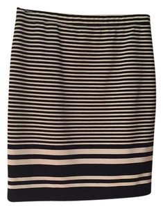 Max Studio Skirt Black and white