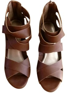 Elle Chocolate Brown Wedges