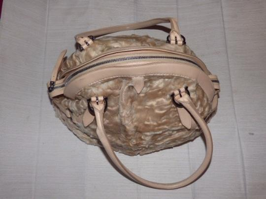 Salvatore Ferragamo Gucci Abbey D-ring Gold Leather Extra Large Size Ruched Fabric Mint Vintage Satchel in champagne Image 1