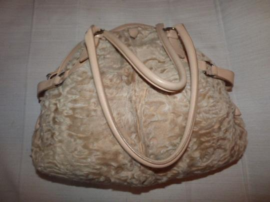 Salvatore Ferragamo Gucci Abbey D-ring Gold Leather Extra Large Size Ruched Fabric Mint Vintage Satchel in champagne Image 4