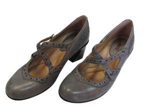 Earth Leather Size 8.50 M Very Good Condition Pumps