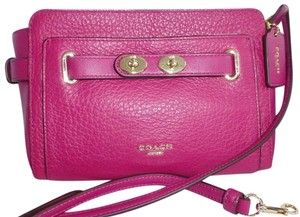 Coach Bubble Leather Belted Turnlock Accents Blake Cross Body Bag