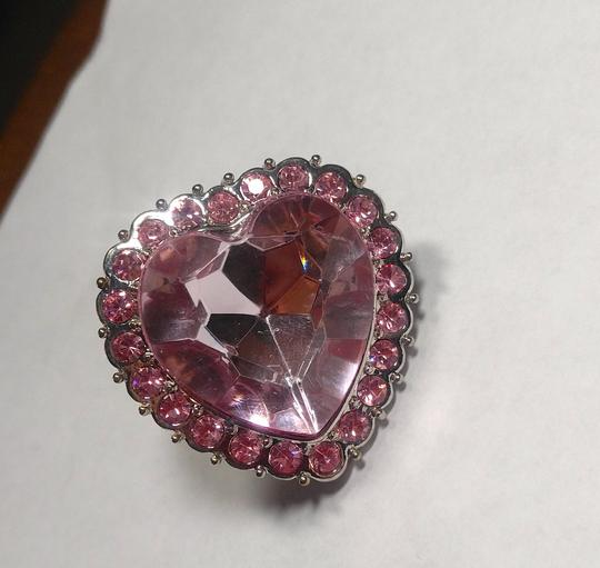 Other New Chunky Heart Statement Ring Adjustable Size Silver Tone Pink J2749 Image 2