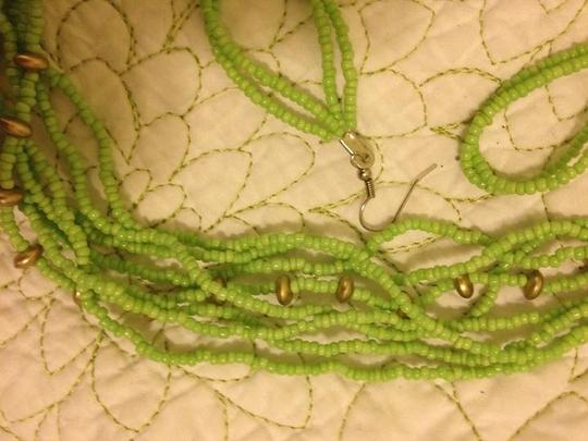 Other LOT OF NECKLACE AND EARRING SETS (4 TOTAL SETS)