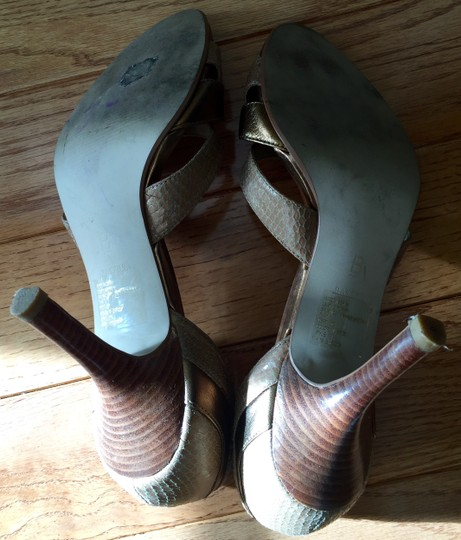 Baker Leather Size 7.5 Peep Toe Neutral tan and brown Pumps Image 1