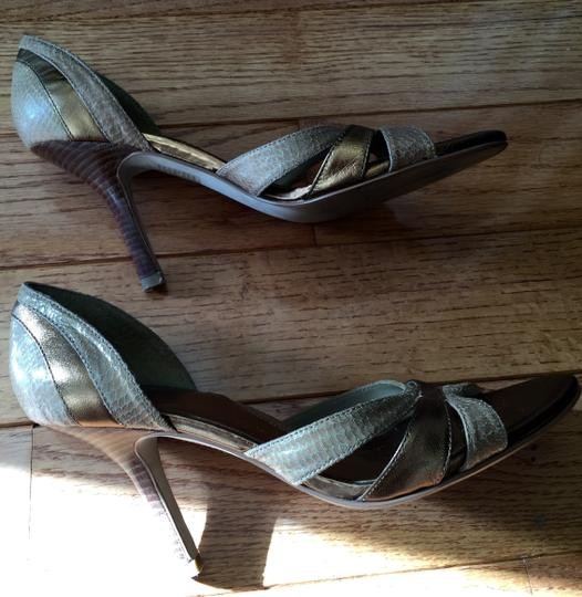 Baker Leather Size 7.5 Peep Toe Neutral tan and brown Pumps Image 2