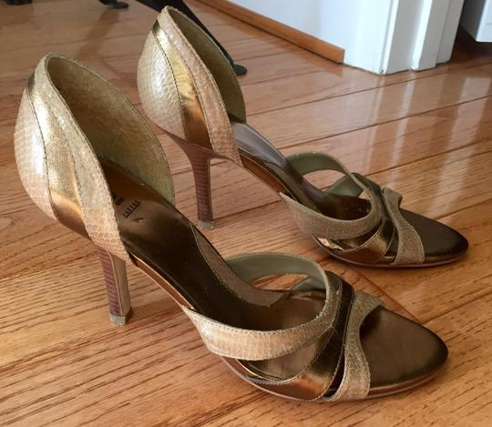 Baker Leather Size 7.5 Peep Toe Neutral tan and brown Pumps Image 7