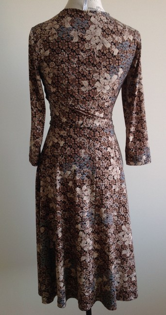 White Stag Twinset Top Set Top Skirt Beige Brown Floral Image 1