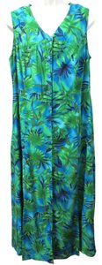 GREEN & BLUE Maxi Dress by Expressions PLUS Maxi Floral Hawaiian