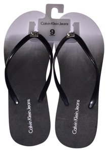 Calvin Klein New Wht/Blk Sandals