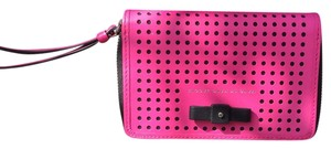 Marc by Marc Jacobs Wristlet in Pink