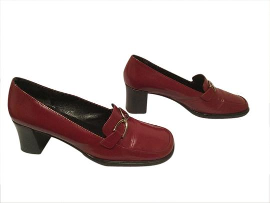 Preload https://item5.tradesy.com/images/via-spiga-italy-silver-stirrup-burgundy-leather-pumps-1770134-0-0.jpg?width=440&height=440