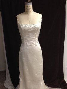 Reem Acra 9129 Silk Satin Beadwork Embroidery Sexy Slim Scoop Straps Sz 8/10 Wedding Dress