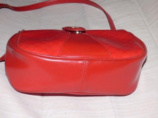 Gucci Mint Vintage Great For Travel Gold Hardware Red/Navy Stripe Snap Accessory Col Cross Body Bag Image 3