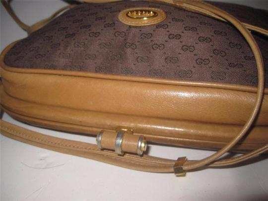 Gucci Early Equestrian Hardware Bamboo Accent Clasp Canvas/Leather Hinged Shape Cross Body Bag Image 3